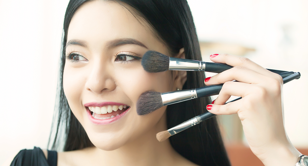 Cosmetic tricks, which will make every girls live much easier